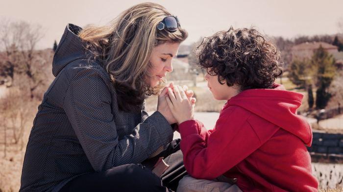 Estamos llamados a orar por nuestros hijos siempre
